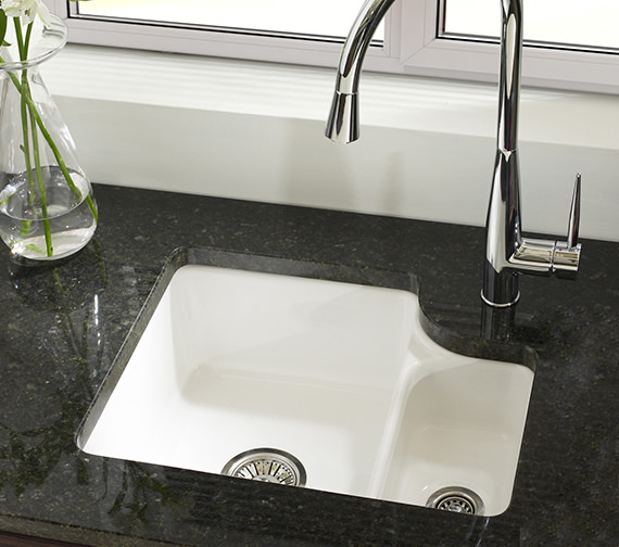 Astracast Lincoln 1.5 Bowl Ceramic White Undermount Sink And Tap Pack