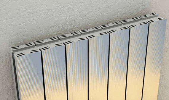 Alternate image of Reina Luca Single Panel Aluminium Radiator 850 x 600mm