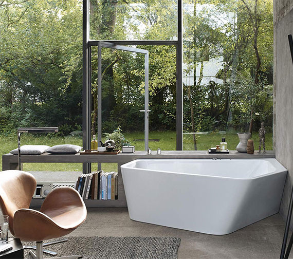 Duravit Paiova 1770mm 5 Corner Right Bath With Panel And Jet System