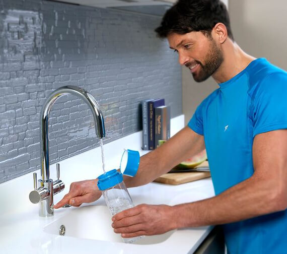 Alternate image of Insinkerator 4N1 Touch J Shape Steaming Hot Water Tap With NeoTank And Filter